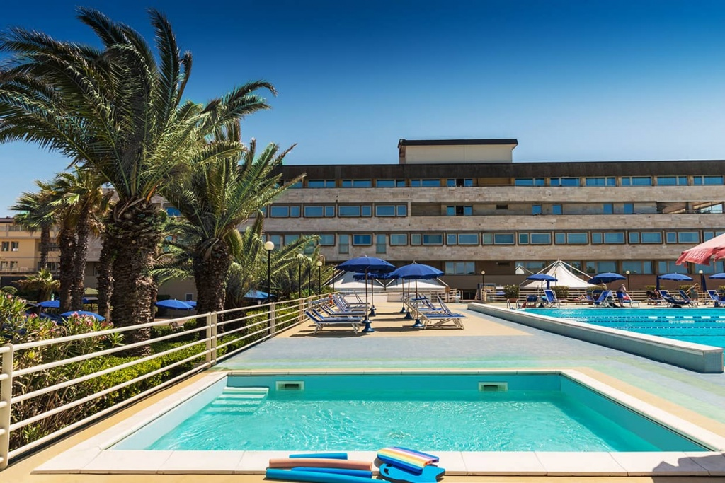 Swimming Pools Hotel With Pool Tirrenia Pisa Grand Hotel Continental